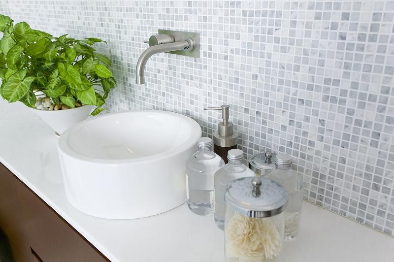洗面台のリフォームはどのタイミングで行う? 費用や注意点は?