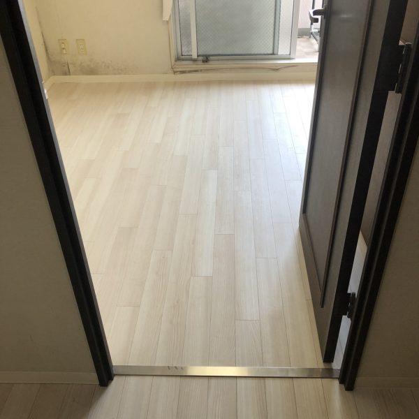 千葉市のマンションのカーペット→フローリング工事をさせていただきました。