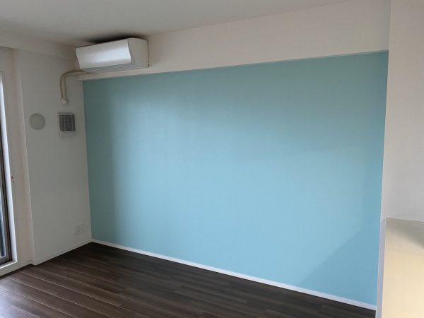 葛飾区のマンションのアクセントクロスの施工をいたしました。