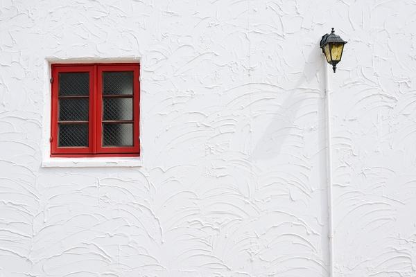外壁リフォームのメリットは? 一般的な施工の流れや工事期間もご紹介