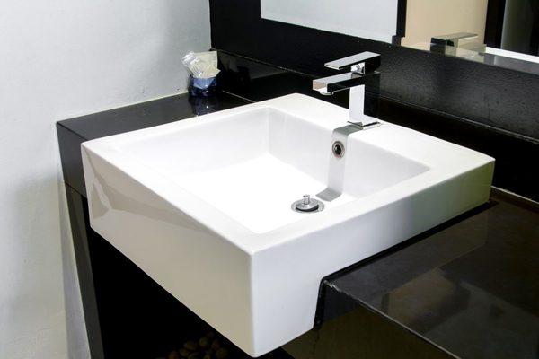 水まわりリメイクコーティングをお得に済ませる基礎知識|洗面台編